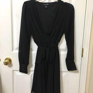 ⭐️2/$20 Forever 21 Black Flowy V-Neck Dress